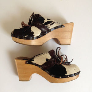 Dolce & Gabbana fringe cowhide wood sole clogs 36